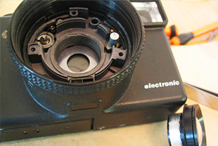 PUR反应型热熔胶应用在镜头结构件粘接