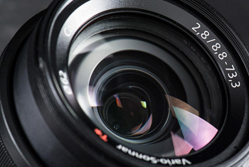 PUR热熔胶应用于镜头结构件粘接