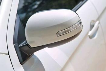 车镜控制单元低压注塑